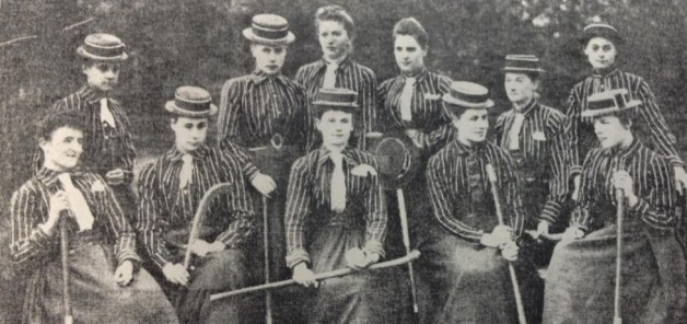 1889-Wimbledon-Hockey-Club-pic2-1024x482-978x461