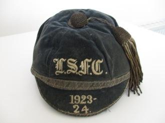 LEYS SCHOOL CAP 1923-24 (ER)