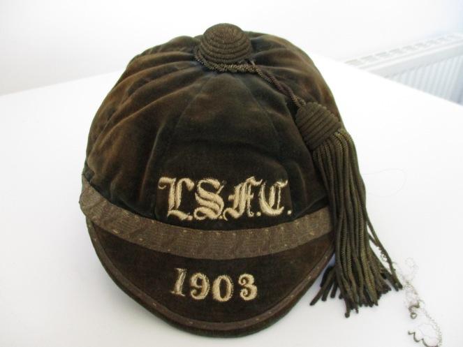 LEYS SCHOOL CAP 1903 (ER)