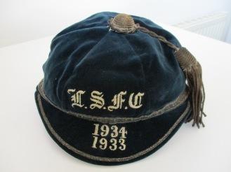 LEYS SCHOOL CAP 1933-34 (ER)
