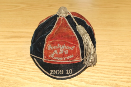 Pontypool Reserves - L Palmer - 1909-10 (PM)