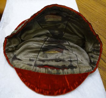 1910 Wales Rugby Cap - Inside (CRM222)