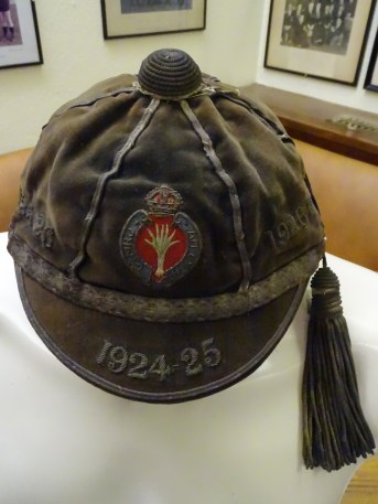 1924-30 Welsh Guards Rugby Cap(CRM179)